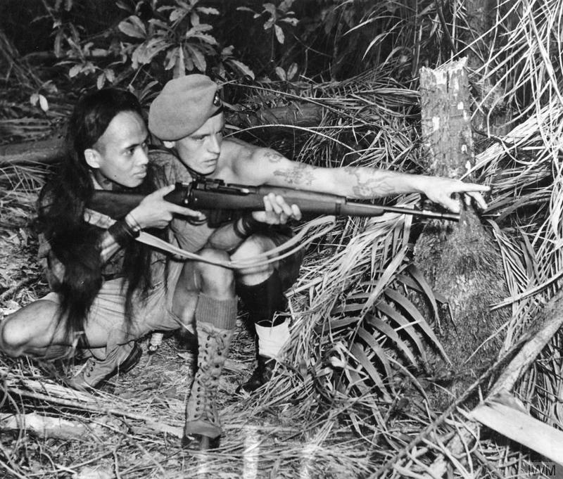 Il faut savoir craquer parfois... Jungle Carbine ! Malaya10