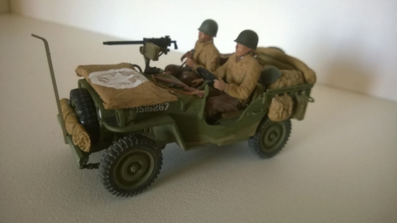 Jeep reco Italeri et figurines Miniart 1/35 Jeep_r11