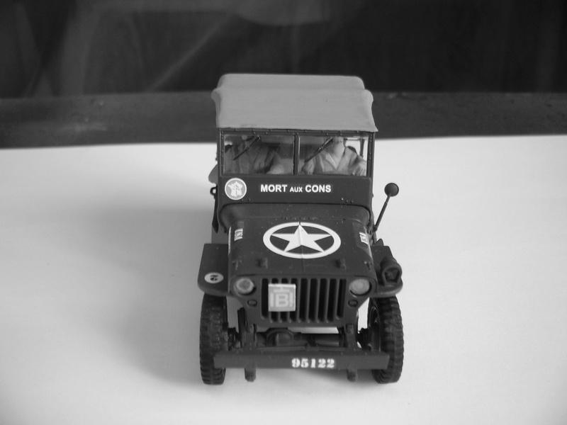 Capitine Dronne ( jeep italeri et Japmodel 1/35 ) Mort_a10