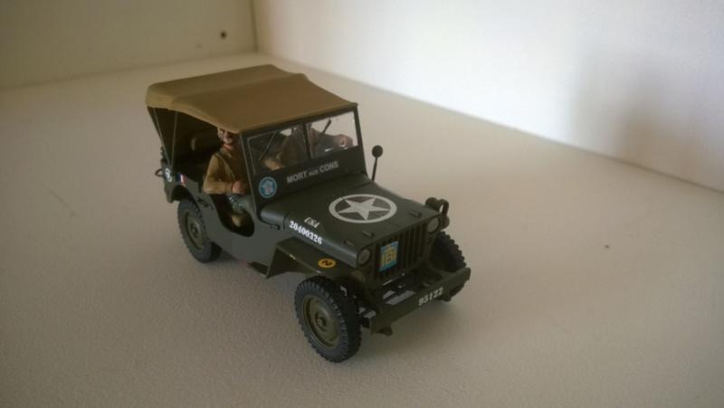 Capitine Dronne ( jeep italeri et Japmodel 1/35 ) Mort_a12