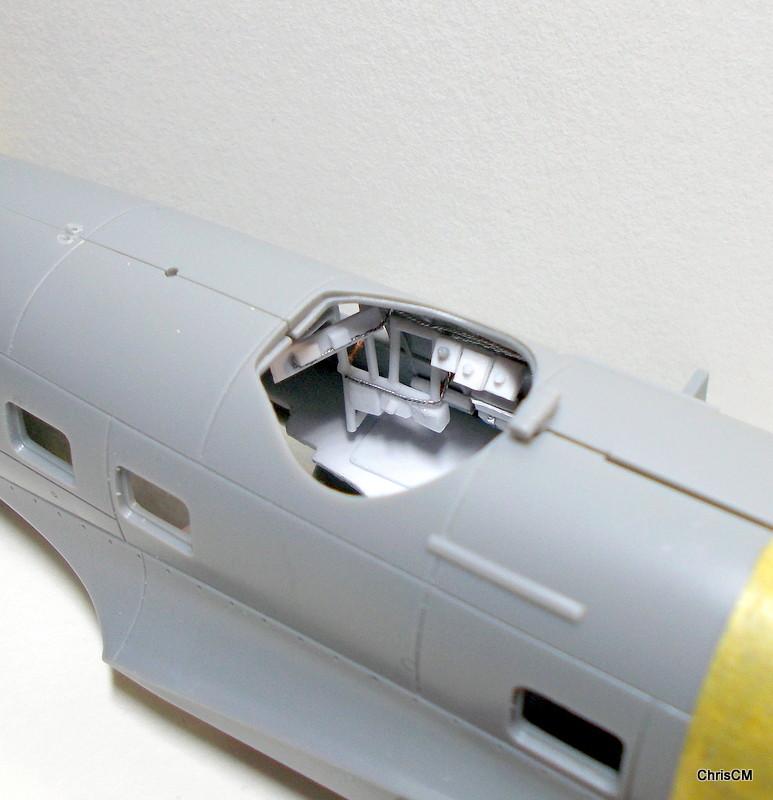 "[Hasegawa] Heinkel He 111 H6 ""TORPEDO BOMBER""  - Page 2 Dscn0638"