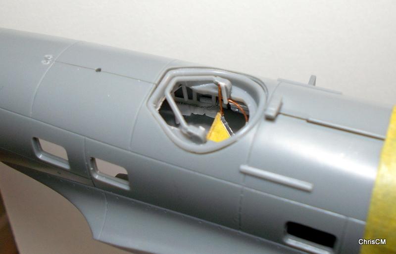"[Hasegawa] Heinkel He 111 H6 ""TORPEDO BOMBER""  - Page 2 Dscn0641"