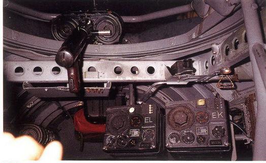 "[Hasegawa] Heinkel He 111 H6 ""TORPEDO BOMBER""  - Page 2 Poste_11"