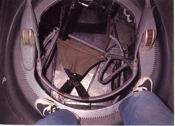 """[Hasegawa] Heinkel He 111 H6 """"TORPEDO BOMBER""""  - Page 2 Siyge_10"""