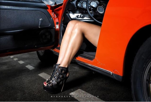 cars and girls  - Page 4 Bc911-14