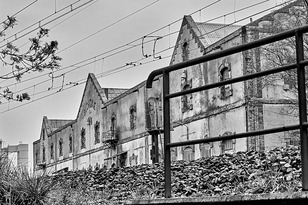 La cité blanche - Le Teil (07) - 02/02. Série.  Az3j2212