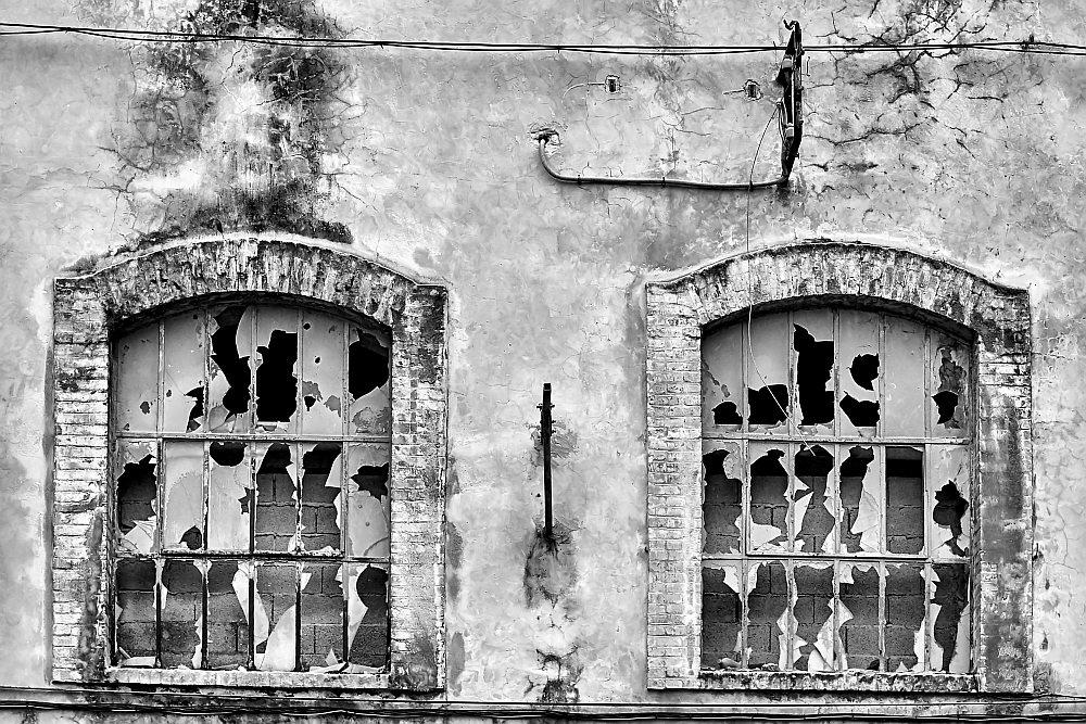La cité blanche - Le Teil (07) - 02/02. Série.  Az3j2311