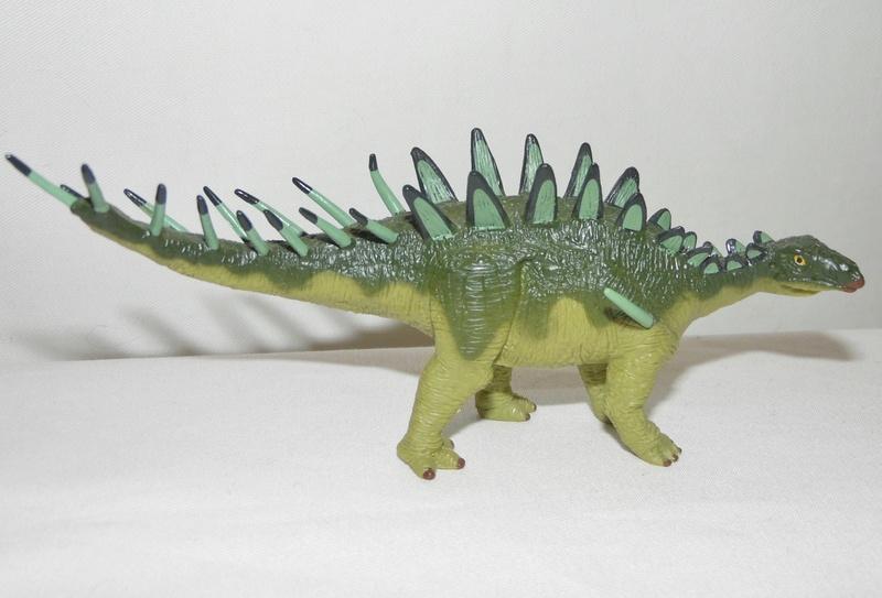Takama's Prehistoric Battats Sam_0830