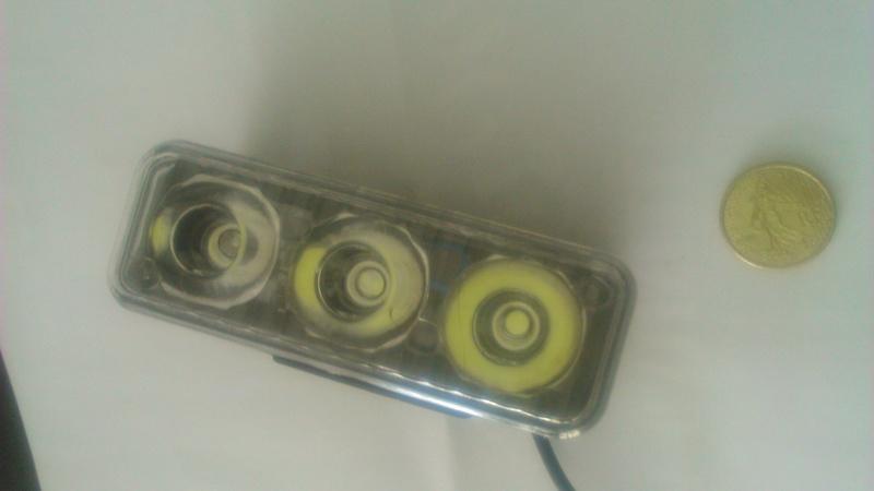 Ampoule à led  - Page 2 Dsc_0010