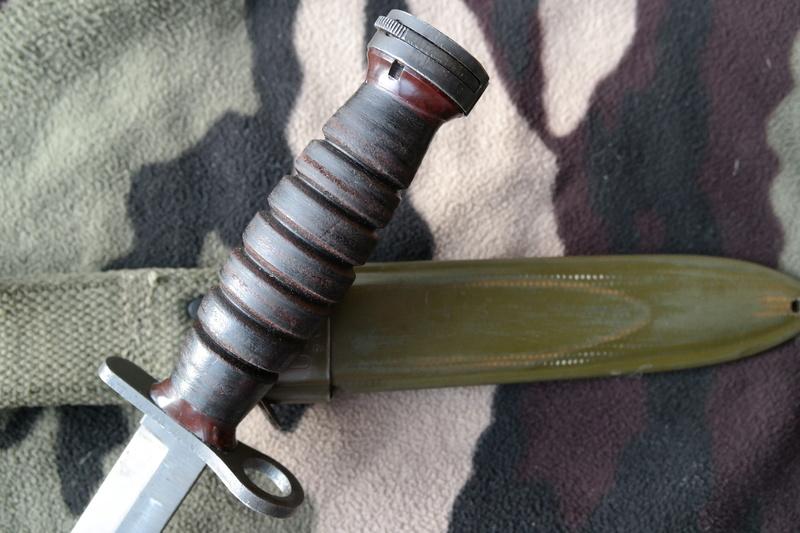 Le poignard-baïonnette USM4 - Page 9 Sam_7713