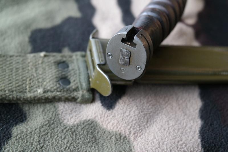 Le poignard-baïonnette USM4 - Page 9 Sam_7714