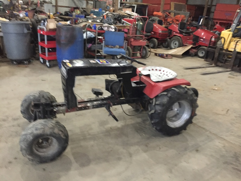 Wheel horse competition mud mower 44010
