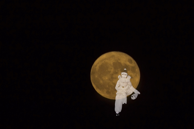 Having fun with the super moon :) Pierro10
