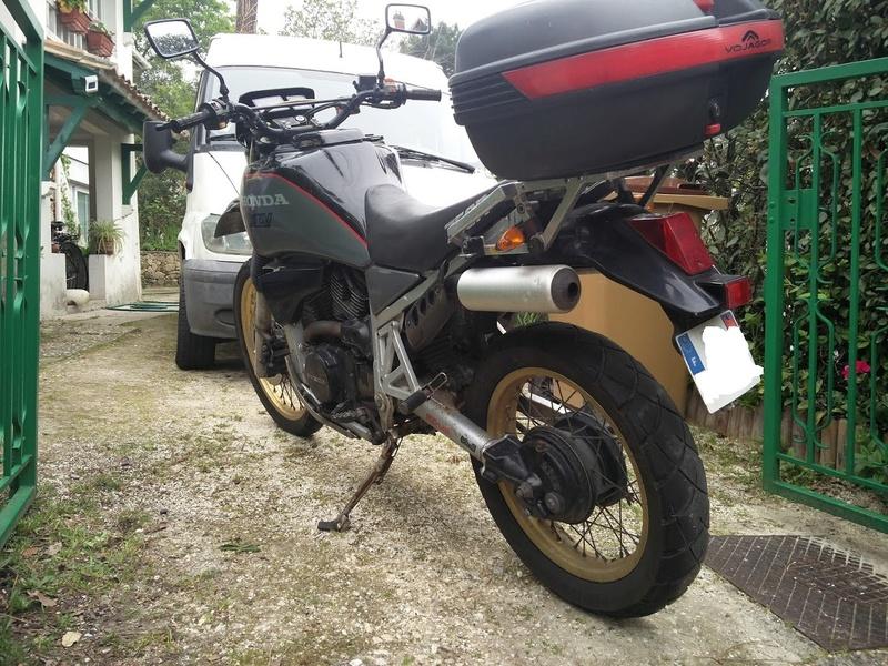 réservoir - Vente moto en pièces Img_2011