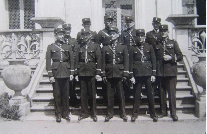 Identification d'une Ecole de Police ou de GMR ? Ecole_10