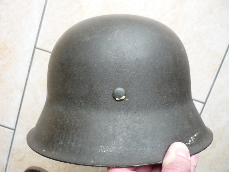 mes casques allemand(photos dans les bois 30/01/2018) P1110015