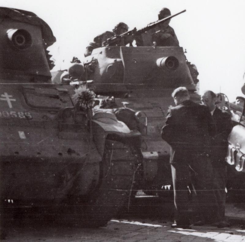M8 HMC Le Tromblon et L'Arquebuse (Escadron de Protection) M8_00110