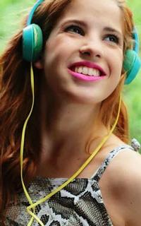 Candelaria Molfese (Camila Torres) - Avatar 200*320 0915