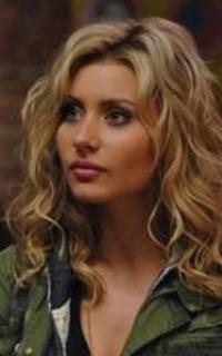 Aly Michalka (Marti Perkins) - Avatar 200*320 1062