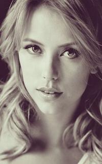 Riley Voelkel (Freya Mikaelson) - Avatar 200-320 1119