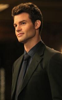 Daniel Gillies (Elijah Mikaelson) - Avatar 200*320 113