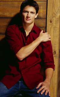 James Lafferty (Nathan Scott) - Avatar 200*320 1133