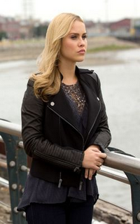 Claire Holt (Rebekah Mikaelson) - Avatar 200*320 134