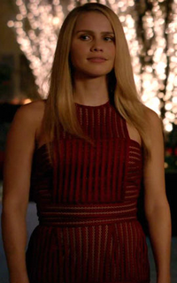Claire Holt (Rebekah Mikaelson) - Avatar 200*320 234