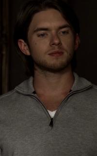 """Chris Brochu (Lucas """"Luke"""" Parker) - Avatar 200*320 248"""