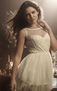 Danielle Campbell (Davina Claire) - Avatar 200*320 440