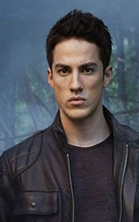 Michael Trevino (Tyler Lockwood) - Avatar 200*320 455