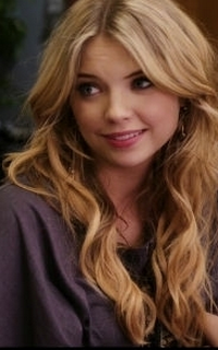 Ashley Benson (Hanna Marin) - Avatar 200*320 627