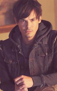 Tyler Blackburn (Caleb Rivers) - Avatar 200*320 639