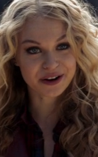 "Penelope Mitchell (Olivia ""Liv"" Parker) - Avatar 200*320 761"