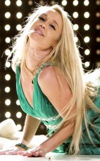 Becca Tobin (Kitty Wilde) - Avatar 200*320 859