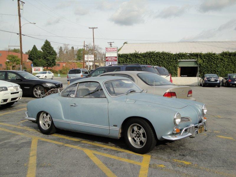 Karmann Ghia 1973 Alaska blue metallic !!! - Page 3 Dyn00810