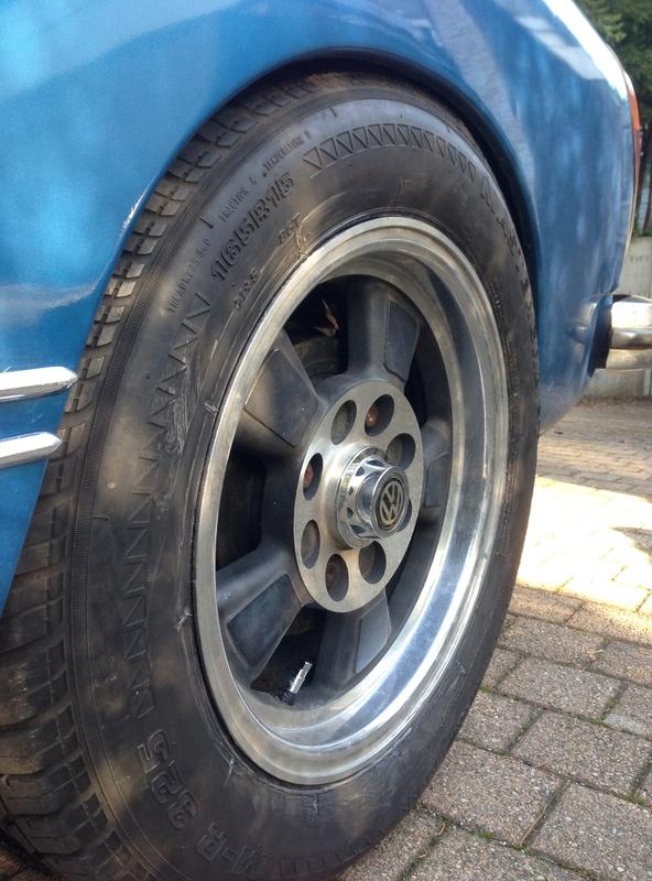 Karmann Ghia 1973 Alaska blue metallic !!! - Page 3 Img_4625