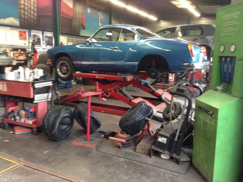 Karmann Ghia 1973 Alaska blue metallic !!! - Page 3 Img_4628