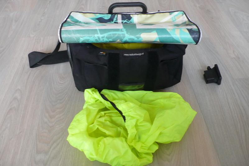 Sacoche C-Bag avec le rabat Union Jack d'occasion (à vendre) P1130910