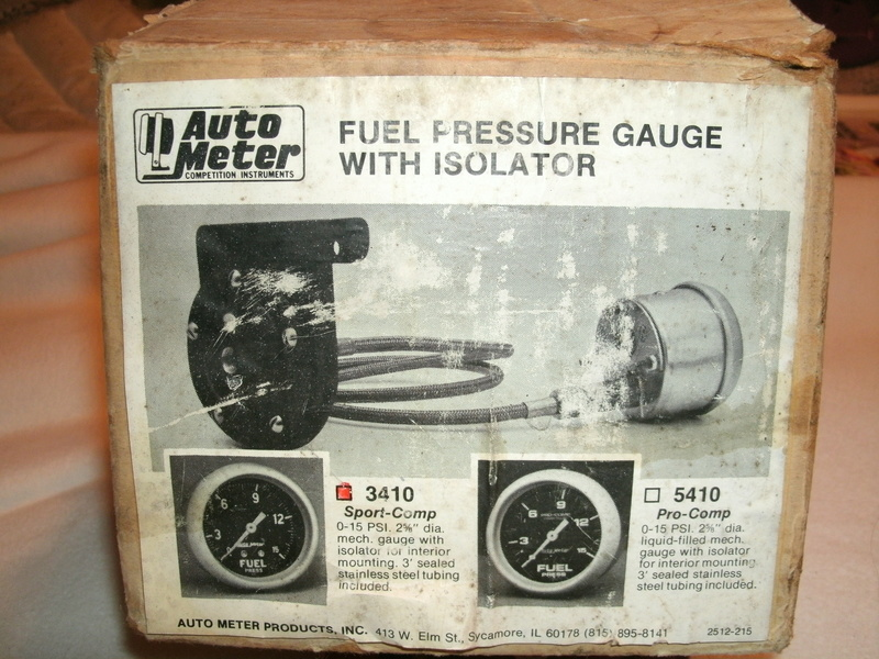 Autometer Fuel Pressure Gauge WITH Isolator NEW Sport Comp Fuel_p13