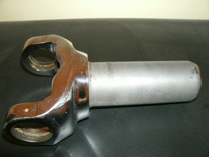 Chrome Yoke for turbo 350 muncie (pre70) 200r4 Yoke_110