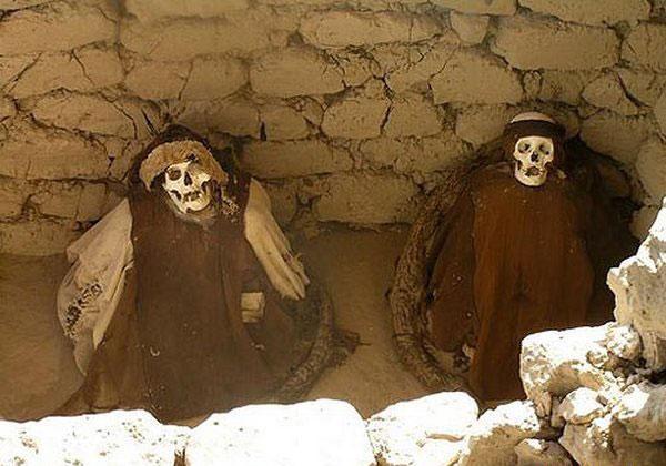 Le Fossoyeur de Sad Hill Skelet10
