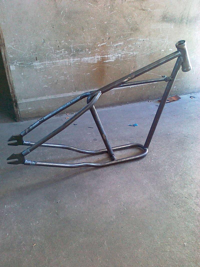 Triumph Old school chop Cadre_11
