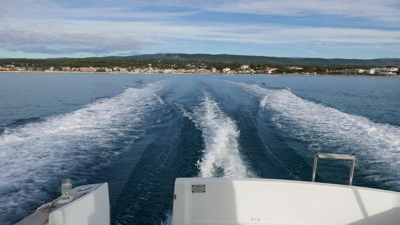 Sur l'eau P1000410