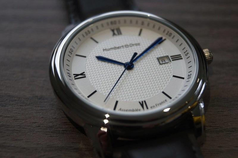 Humbert Droz Nouvelle marque Française avec ses 4 générations d'horlogers  Clous_10