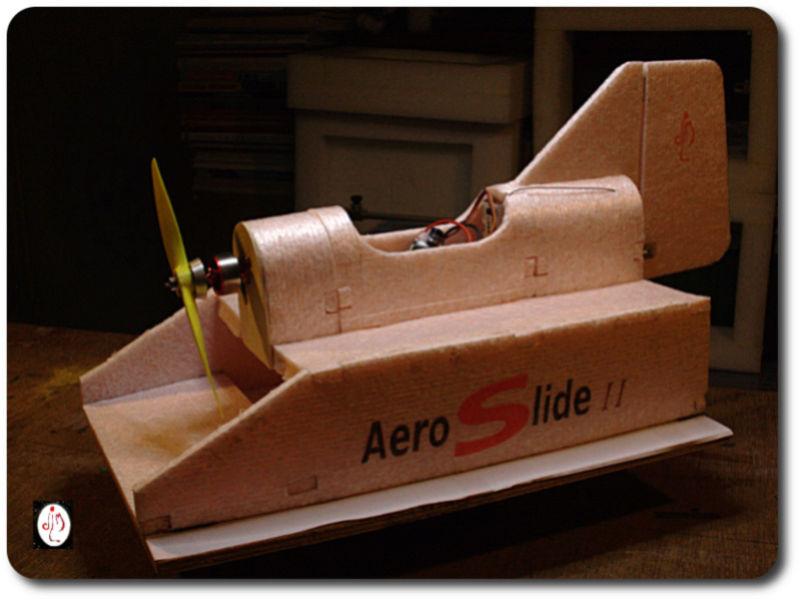 aeroslide en dépron Aerosl12