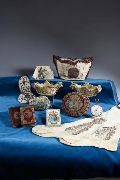Vente de Souvenirs Historiques - aux enchères plusieurs reliques de la Reine Marie-Antoinette - Page 4 5193810