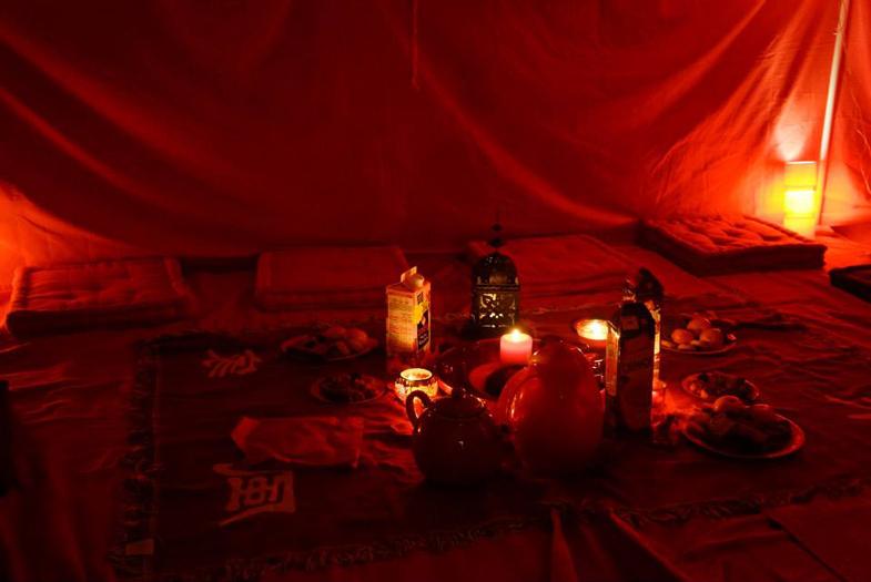 La tente rouge Tente-11