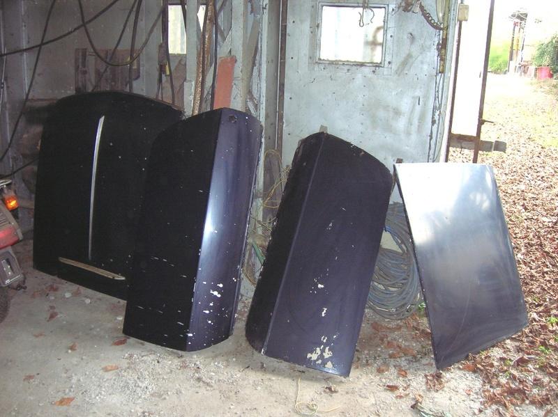 Vendo cofani e portiere in alluminio Cofani10