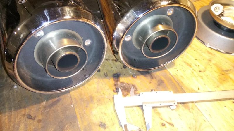 Je me sépare de ma paire de pot avec embouts 32mm Dsc_0011